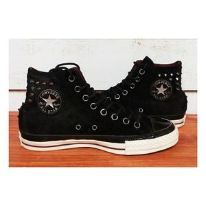 Converse Chuck Taylor Velvet with Spikes 9